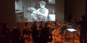orchestre live acoustique micro numérique Neumann digital